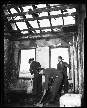 Fire at apartment -- 4215 Montclair Street, 1954