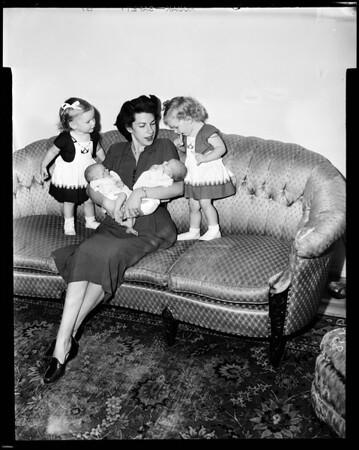 Twins, 1952