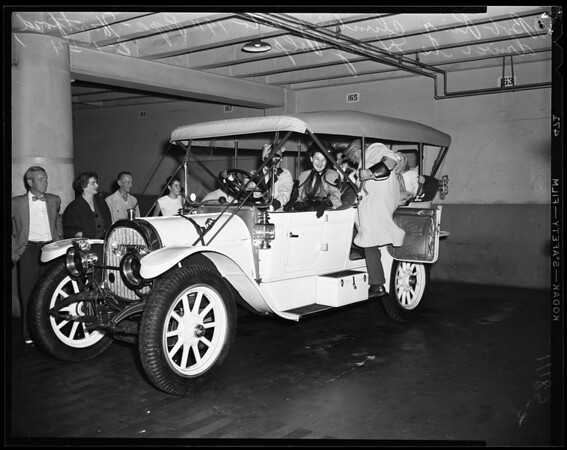 Horseless carriages (old), 1954