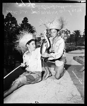 Fishing contest, 1952