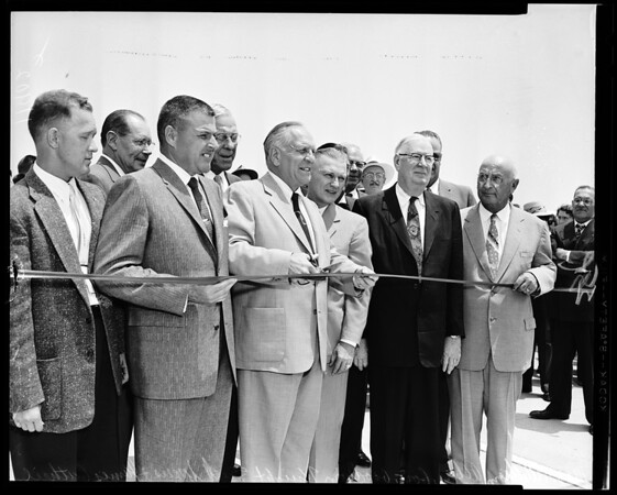 Freeway ribbon cutting (San Bernardino Freeway El Monte Extension), 1956
