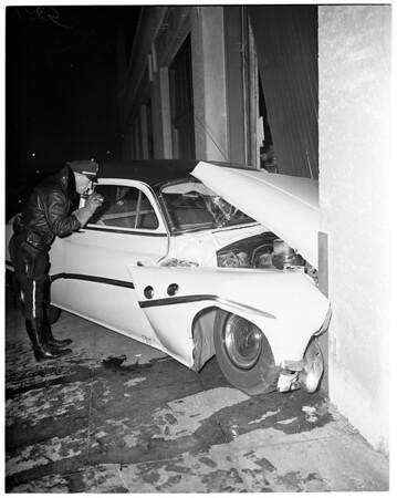 Auto crash, 12th and Hill, 1951