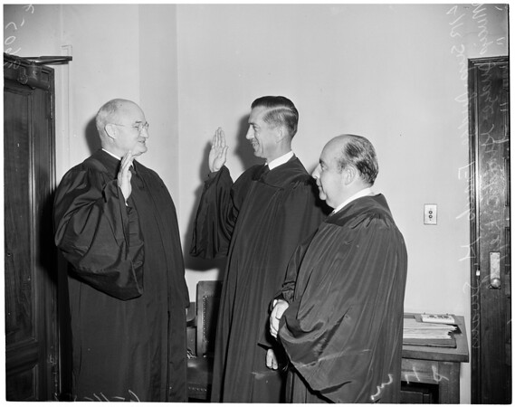Swearing in of new municipal judge, 1952