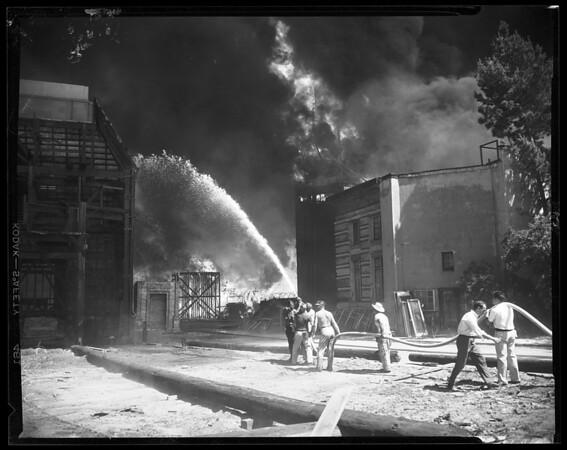 Warner Brothers studio fire (Burbank), 1952