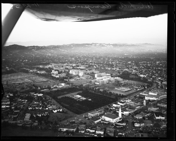 "Aerial views of UCLA Campus (""Lind Flight Service""), 1958"