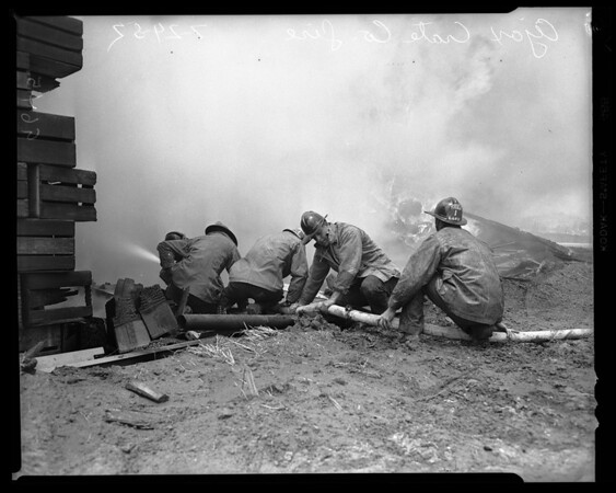 Crate company fire, 1952