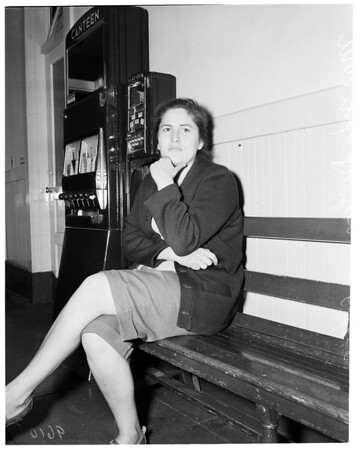 Shot attempt suicide victim (Hollenback Police Station), 1952