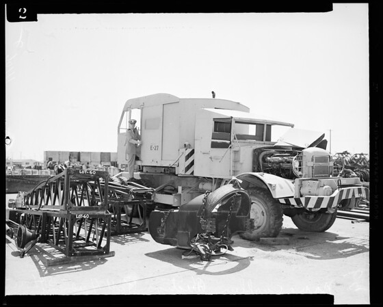 Navy surplus auction at Port Hueneme (also 1 35mm roll), 1954