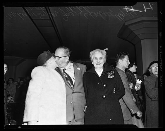 Family reunion (Union Station), 1955