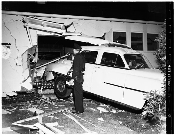 Traffic Accident at 11370 Waterford Avenue, 1951