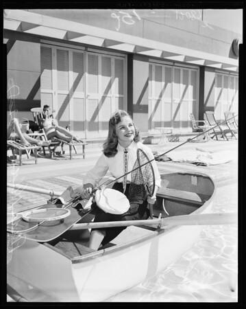 Sportsmen's Show queen, 1957