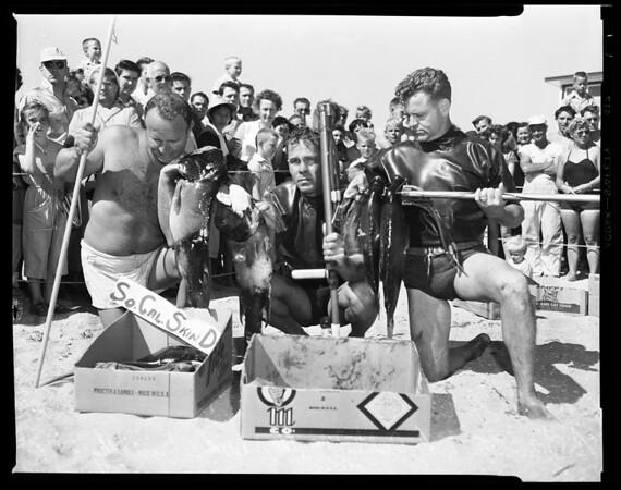 Southern California skin divers, 1954