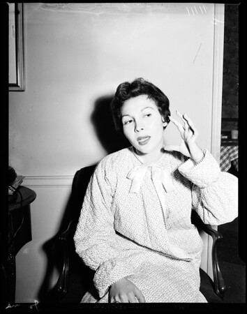 Toni Arden clobbered, 1954