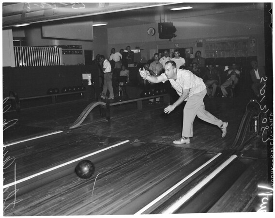 Bowling - La Cienega Lanes - Examiner tournament, 1957
