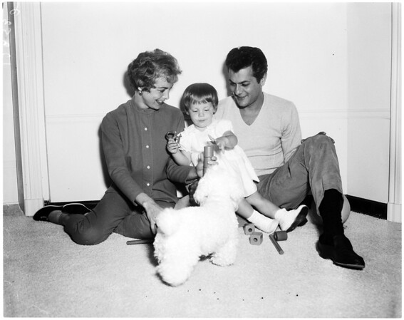 Tony Curtis, Janet Leigh and their daughter Kelly Lee Curtis, 1958