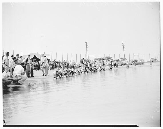 Shingle boat regatta, 1954