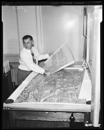 Contour drawing for part of Ventura freeway as taken from aerial photo montage, 1956