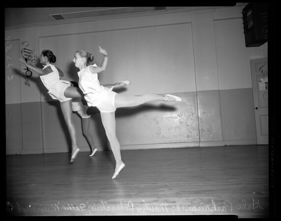 Dancing -- Ballet -- 331 North La Cienega, 1954