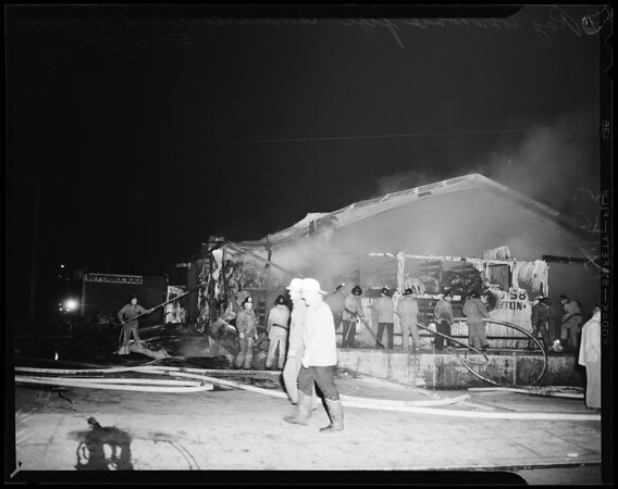 Rag warehouse fire at Commercial Street and Vignes Street, 1954