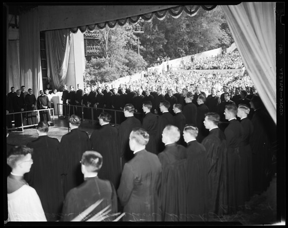 Lutheran ordination at Greek Theater, Griffith Park, 1954