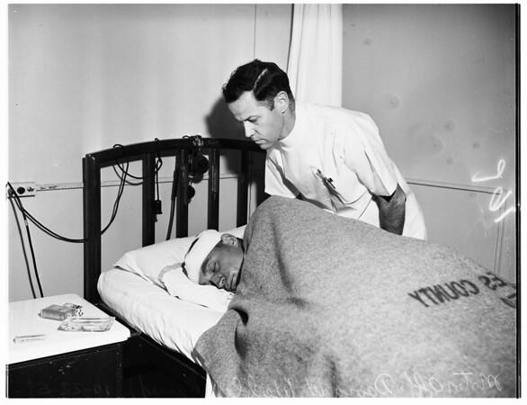 Ambulance-Police car crash story (6th Street and Broadway), 1951