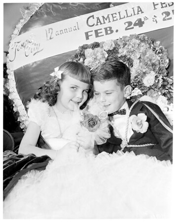 Temple City camellia festival, 1956