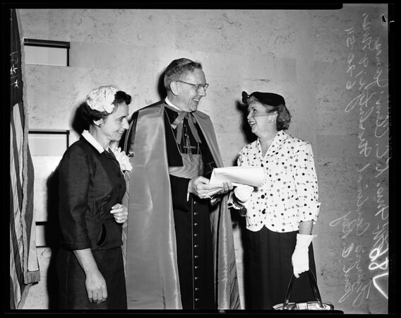 Biennial meeting of Christian Doctrine of Archdiocese of Los Angeles at Statler, 1954