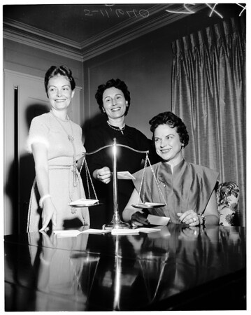 Lawyers wives, 1955