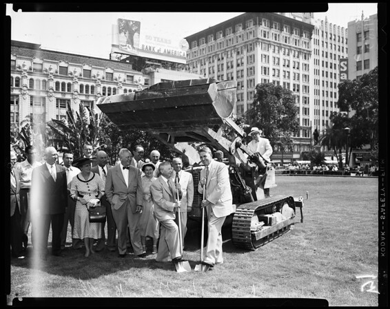 Ground breaking for Nelly Kelly fountains at Pershing Square, 1954