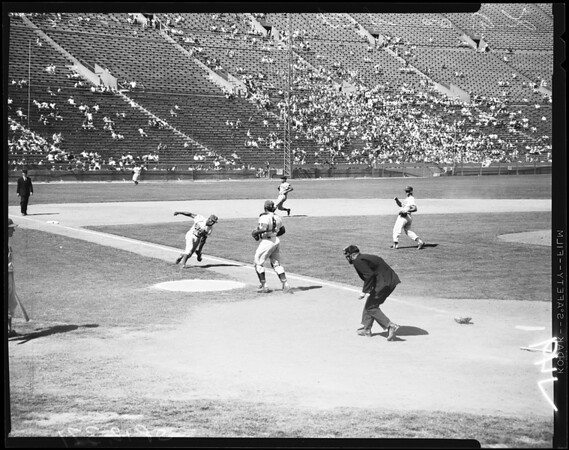 Baseball -- Dodgers versus Giants, 1958.