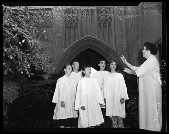"Hollywood Bowl Easter Services (Rehearsing) ""The Living Cross"" Chorus, 1957"