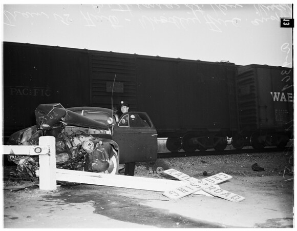 Train versus auto (Woodle Avenue and Parthenia Street in Van Nuys), 1951