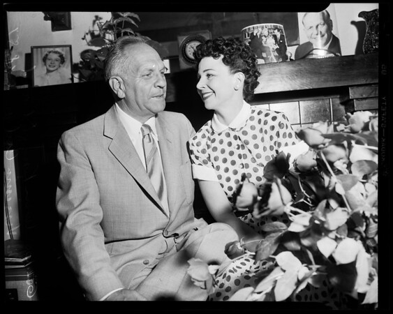 Governor Knight to marry, 1954