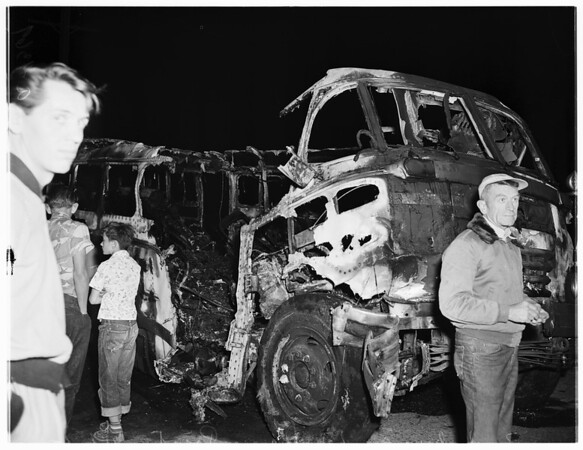 Truck-Bus crash at Dana Point, 1951
