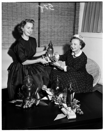 Marymount women and fashion luncheon, 1955
