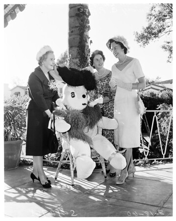 Beverly Hills Womens Club Bunny Brunch, 1960