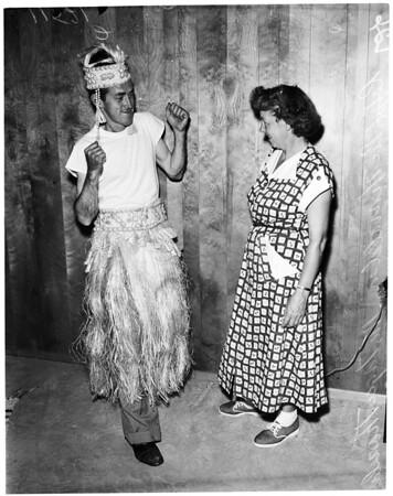 Lone voyager returns, 1955