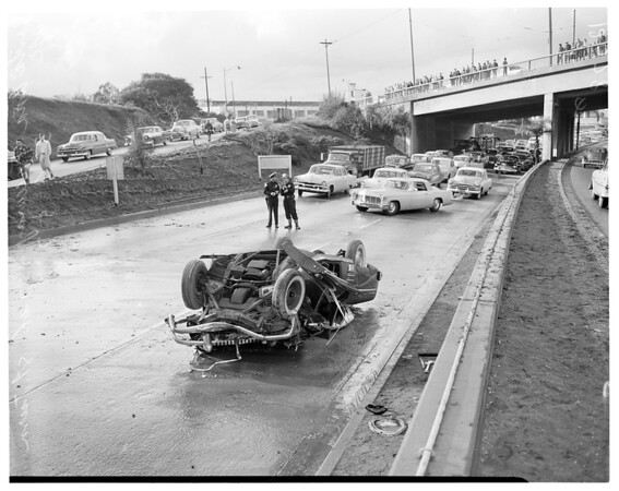 Traffic accident on Santa Ana Freeway at 7th Street turnoff, 1957