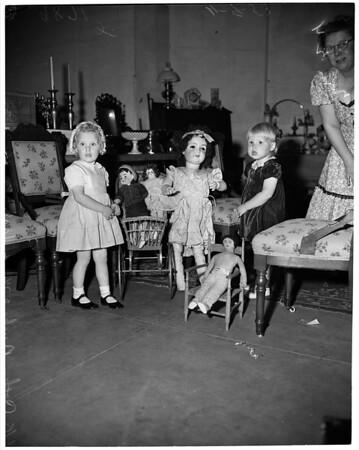 Antique show (Glendale Civic), 1953