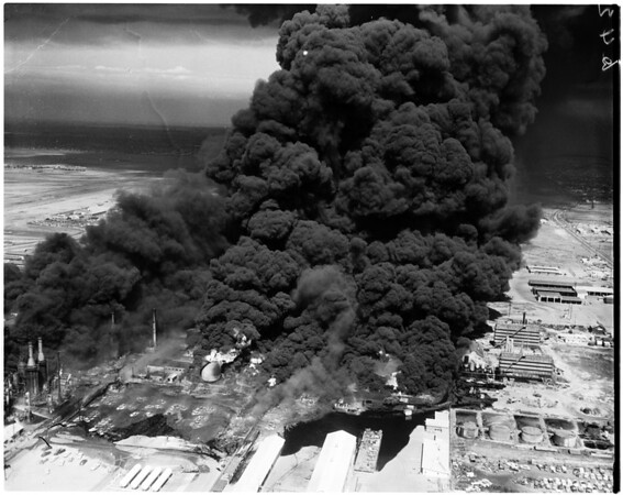 Signal Hill oil fire, 1958