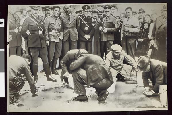 Jews scrubbing streets of Vienna, Austria, 1938