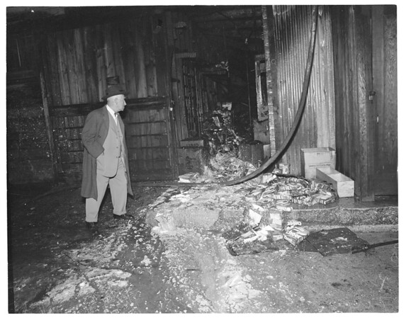 Balzer Grocery Fire at 133 North Larchmont Boulevard, 1954