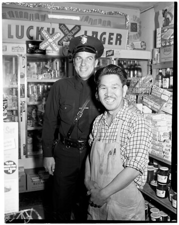 Holdup arrest (Robbery at Handy Market at 1822 West Temple Street), 1956
