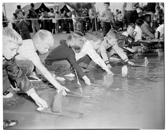 Shingle boat regatta, 1954