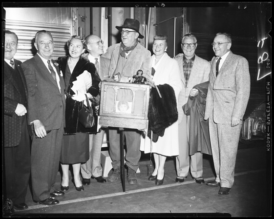 Mobilgas economy run party (leaving for Colorado Springs to meet economy drivers), 1956
