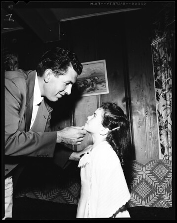 Leavell and stepdaughter Donna Yahne, 1954