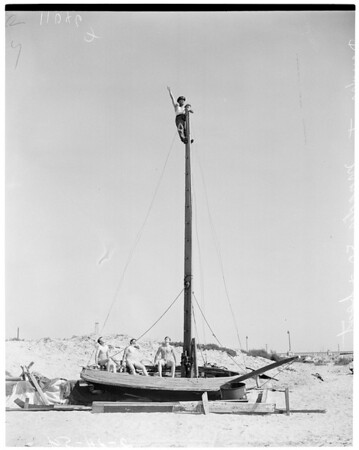 """Freak boat (sailing saucer boat named """"Fat Mary""""), 1954"""