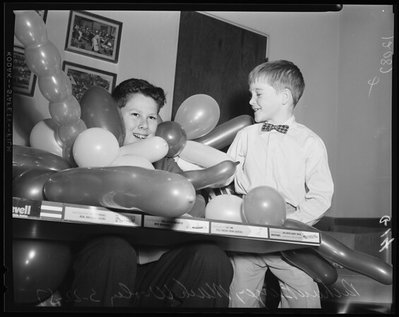 Pacoima crash victim party, 1957