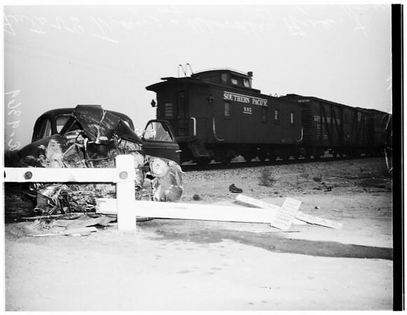 Train versus auto (Woodle Avenue and Parthenia Street in Van Nuys), 1951