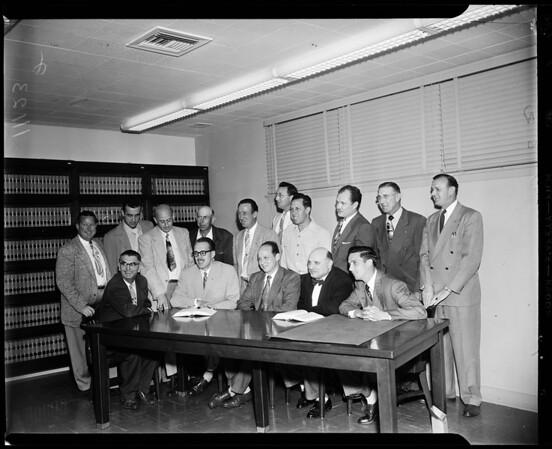 Bingo game defendants in Bellflower trial, 1954